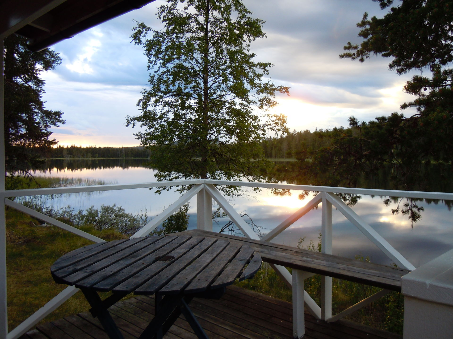 Cottage with lake view in Lapland