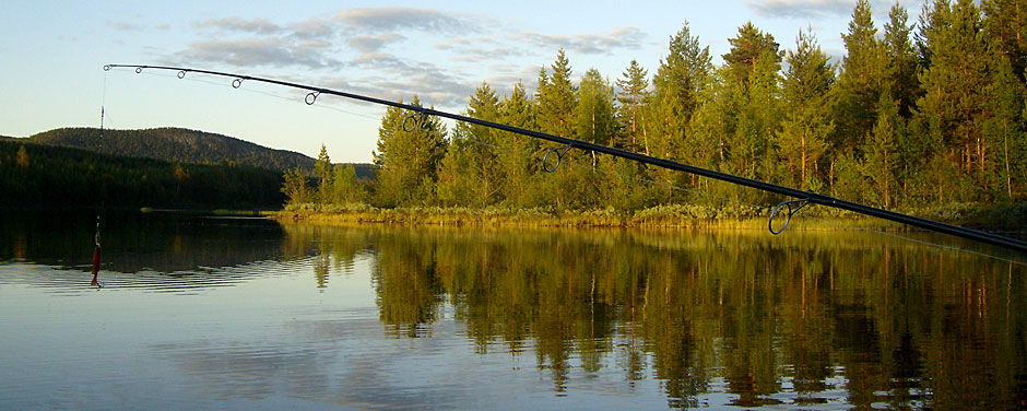 Family fishing in Lapland
